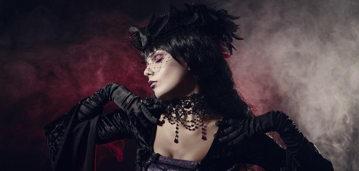 Gotischer Schmuck: Schwarze Geschichte der Eitelkeit