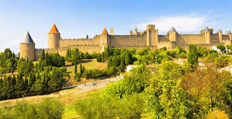 Wer mit dem Mobilehome Languedoc Roussillon erkundet, muss sich unbedingt auch die Zeit für die verschiedenen Sehenswürdigkeiten nehmen. (#01)
