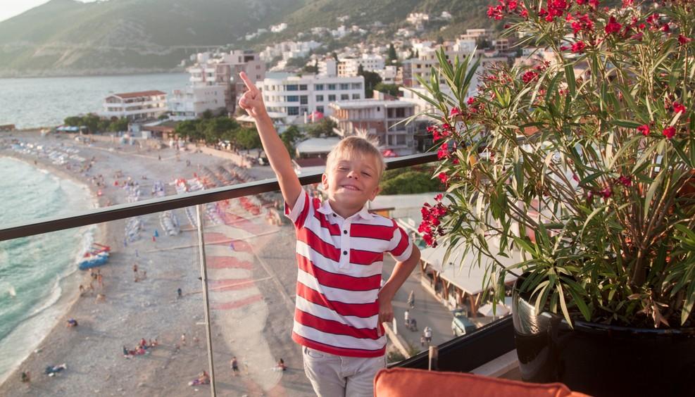 Die Wahl des Hotels ist auf der Familienreise ganz entscheidend. Wie ist das Hotel auf die kleinen Gäste vorbereitet? Gibt es da besondere Angebote für die Kiddies? (#5)